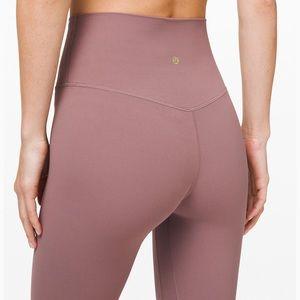 Lululemon size 4 leggings!! NWT☺️